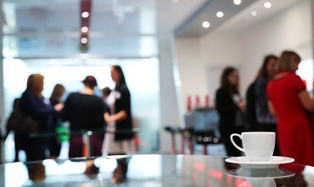 kávovar do firmy